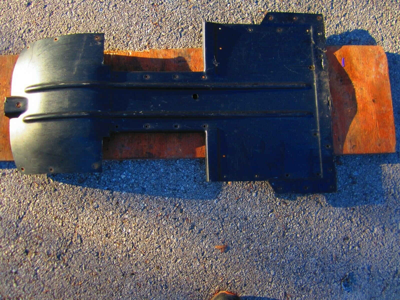 1998 ARCTIC CAT ZR 600 EFI   LE XC CENTER BELLY PAN 1606-508  here has the latest