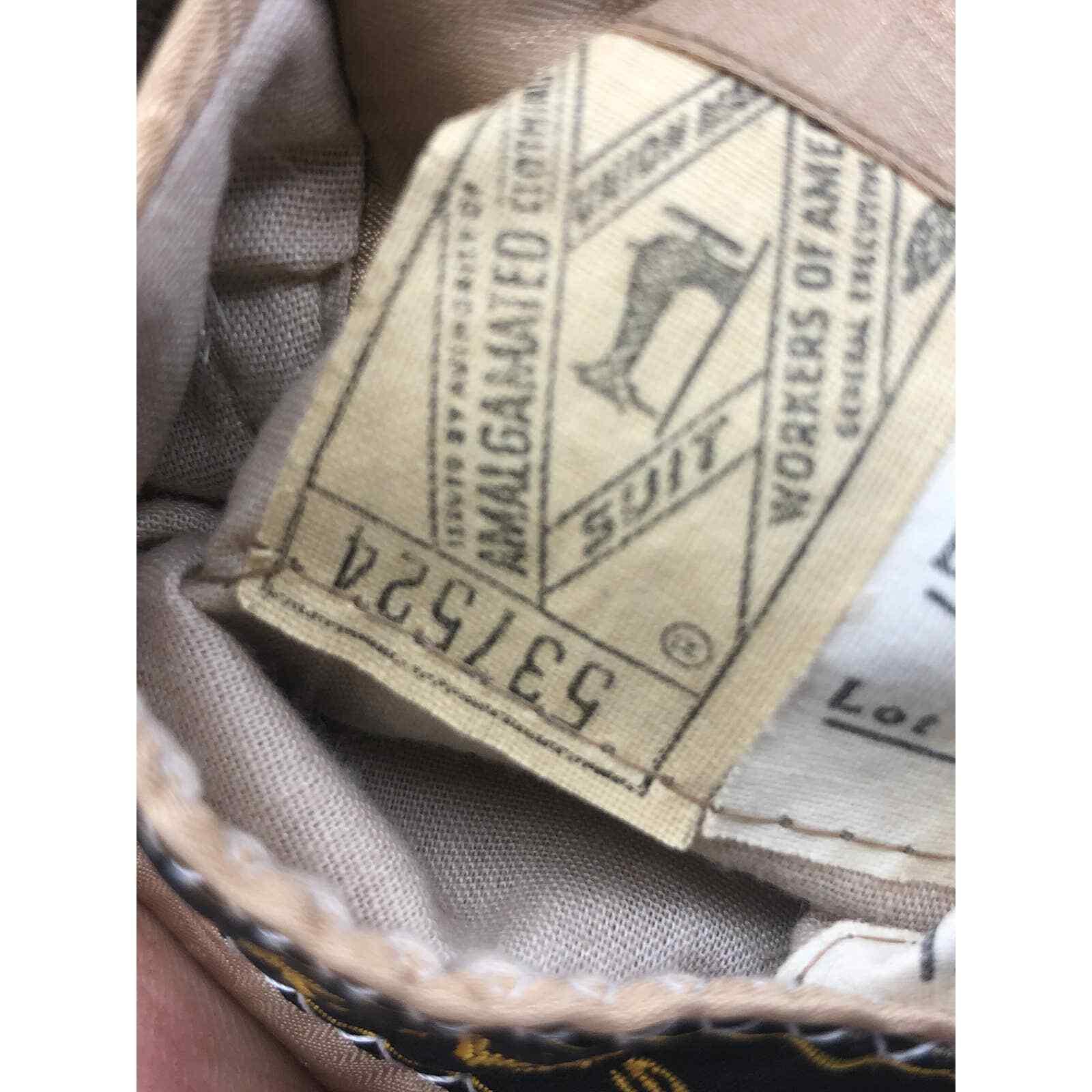 """Vintage Halston """"Halsuede"""" Ultrasuede Tan Blazer … - image 10"""