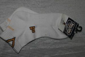 NWT-BALL-LINE-Unisex-White-Ankle-Socks-Free-Size