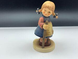 Hummel-Figurine-768-Cute-Fash-3-1-2in-1-Choice-Top-Conditino