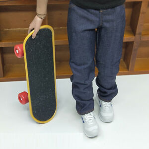 1//6 Scale Skateboard colors /& style vary