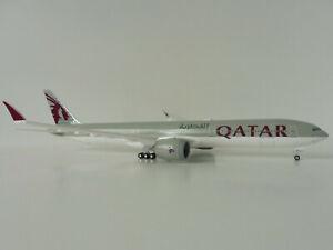 BOEING-777-9-QATAR-AIRWAYS-1-200-SKR1014-Skymarks-FLEX-WINGTIPS-DOHA