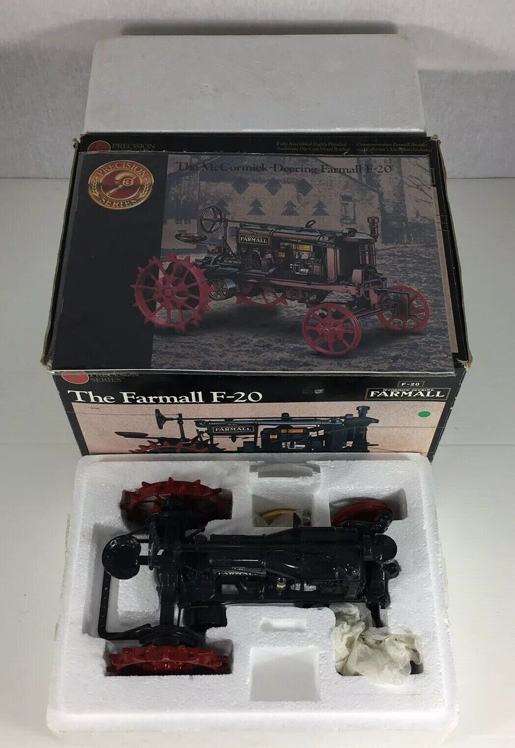 ERTL PRECISION Series les FARMALL F-20 No.638 1 16 scale boxed