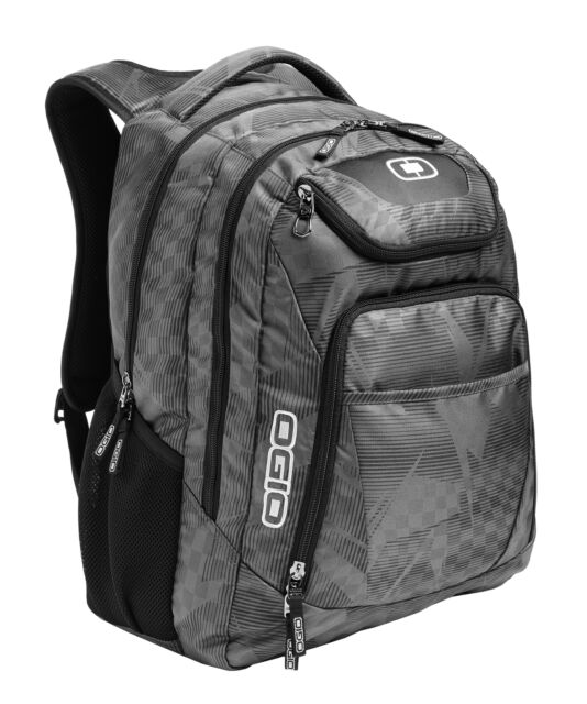 "OGIO Excelsior Pack 17"" Laptop / MacBook Pro Silver Backpack Work or School -New"