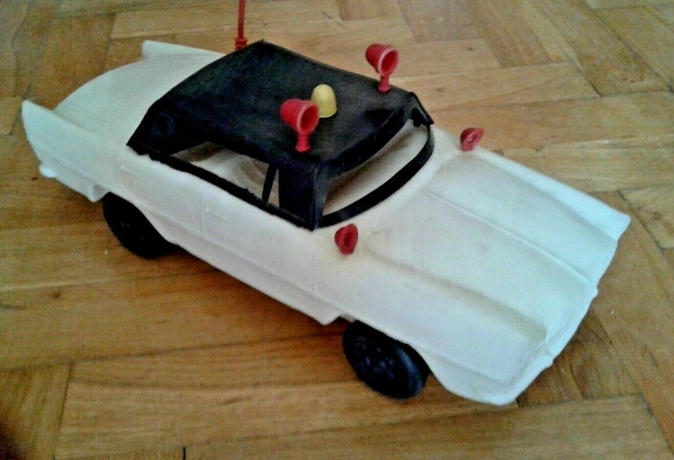 VINTAGE RARE GREEK PLASTIC PENNY TOY FORD POLICE CAR FROM 60s