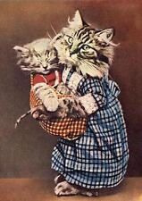 CAT, CHAT, KATZE, REAL CAT DRESSED AS MOTHER WITH KITTEN,VINTAGE PIC, MAGNET