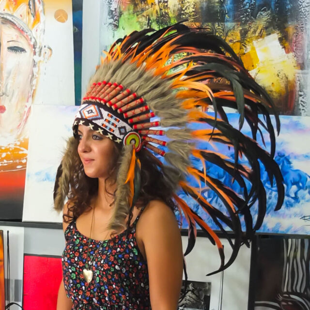 Real Chief Indian Headdress 75cm Native American Costume Hat Feather Feathers  sc 1 st  eBay & Real Chief Indian Headdress 75cm Native American Costume Hat Feather ...