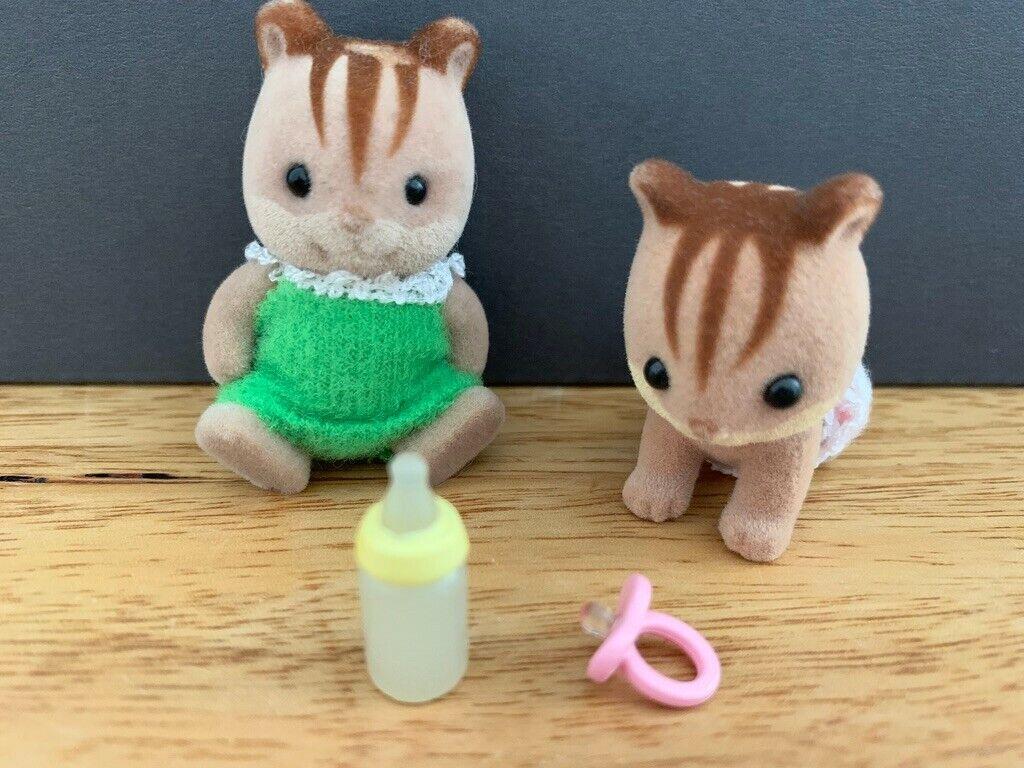 JP Sylvanian Families RI-37 Walnut Squirrel Twins Doll