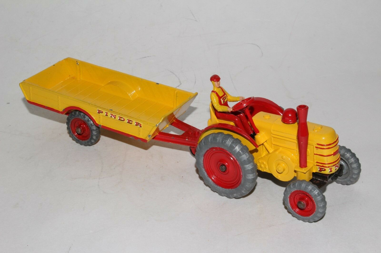 Dinky Personnalisé, Pinder Cirque 594ms 301 Marshall Champs Tracteur avec Wagon