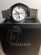 Orologio Nuovo Orient Automatico Day_date Mm 40 W.r.5 Atm CEM70003WI Watch Box