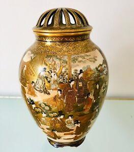 Museum-Quality-Antique-Japanese-Kinkozan-Family-Satsuma-Vase