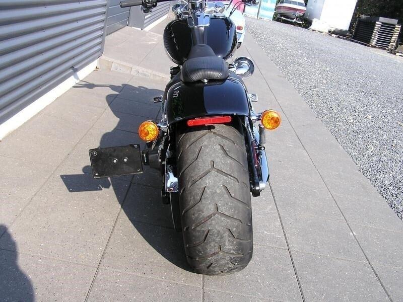 Harley-Davidson, FXBR Breakout, ccm 1690