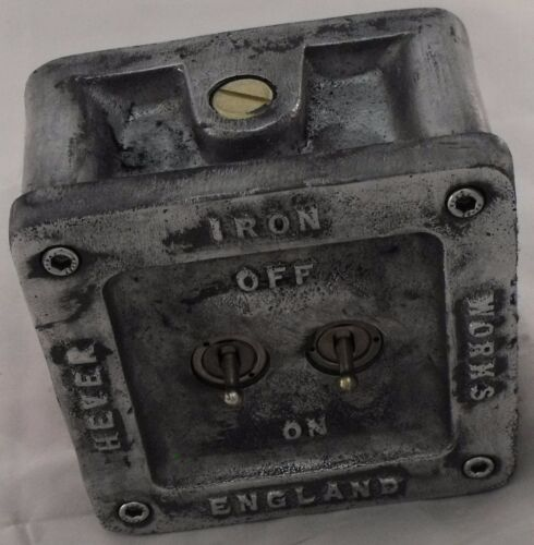Vintage Industrial 1//2//3 Gang Cast Metal Heavy Light Switch BS EN Approved