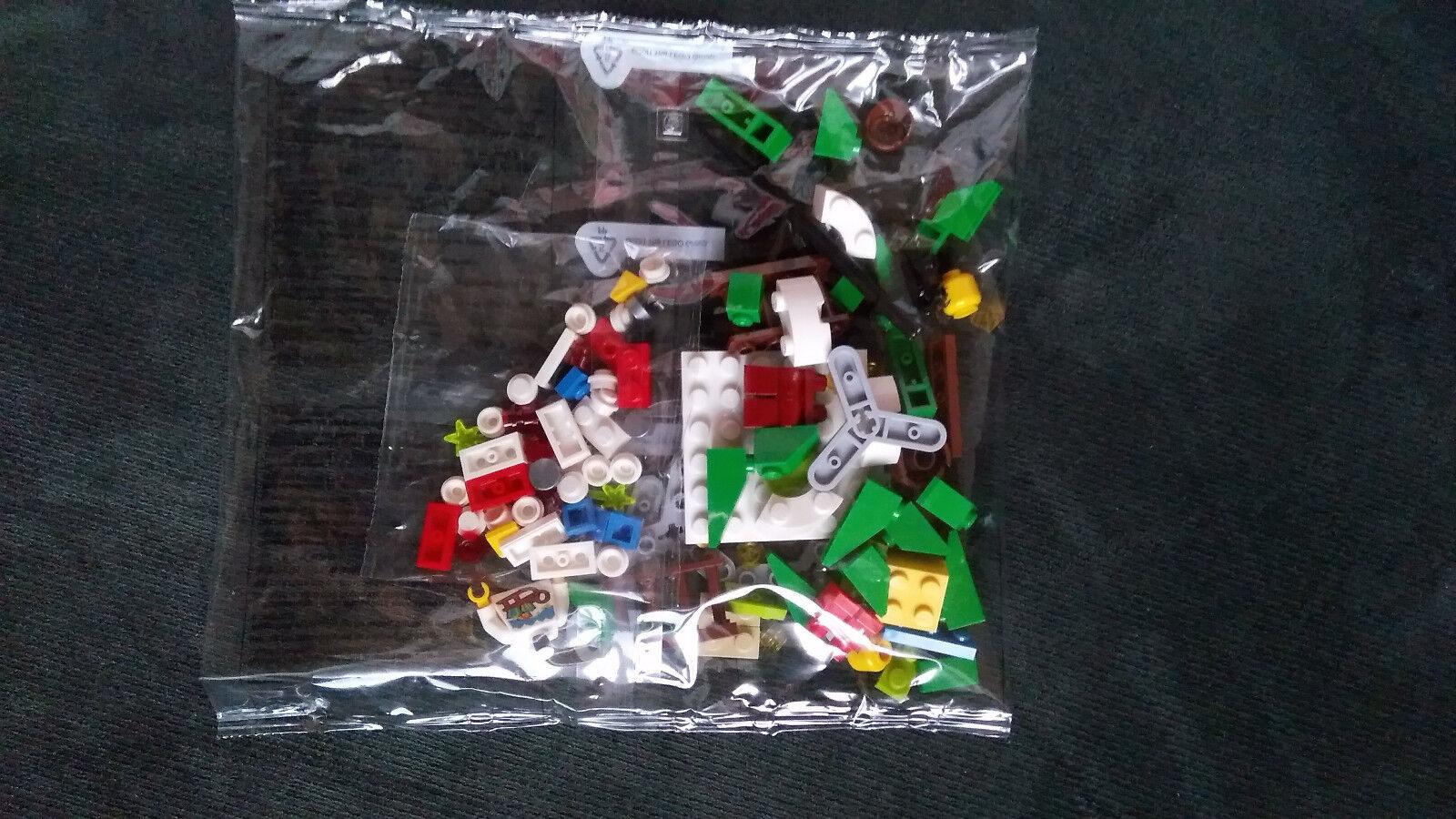 LEGO 4002017 Kladno factory Minifigure Christmas 2017, PF2018