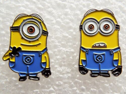 TWO MINIONS BADGE NEW IN PACKET