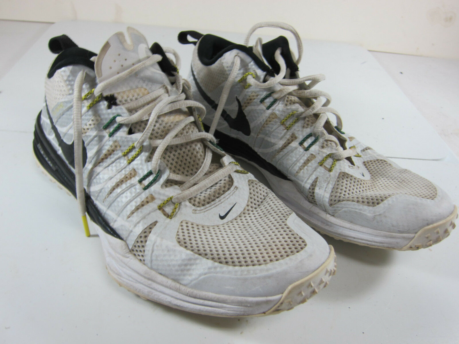 b3841a04b3fb Nike Men s Univ. Univ. Univ. Oregon Win the Day Size 10.5 Green White Black  Shoes 654283-001 9885e8