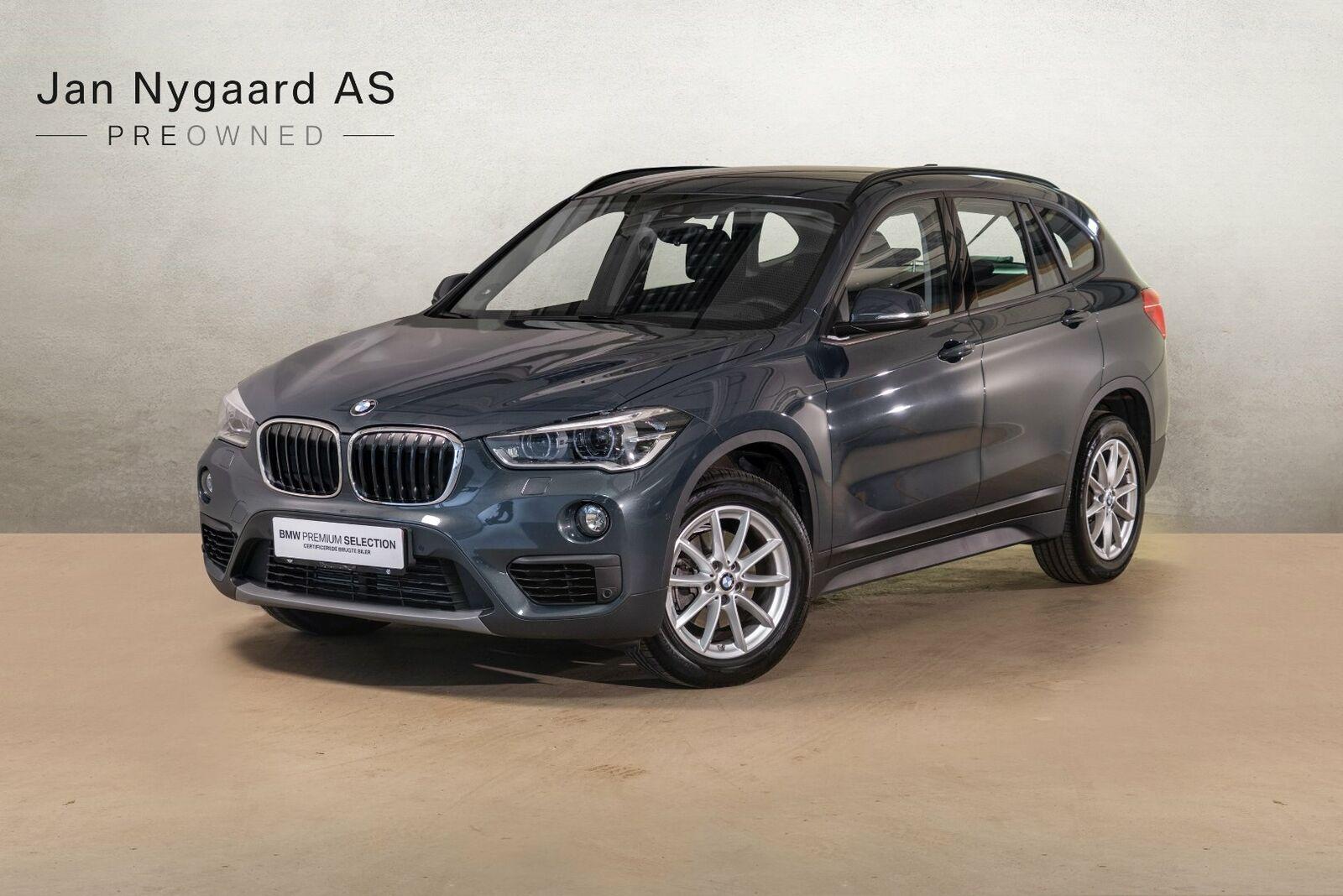 BMW X1 1,5 sDrive18i 5d - 389.000 kr.