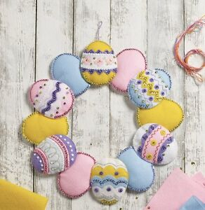 "Bucilla ""EASTER EGG"" Felt Christmas Wreath Kit New Release CHECK OUT SALE~15"""
