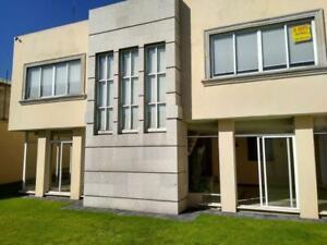 Casa en Renta en Santa Clara
