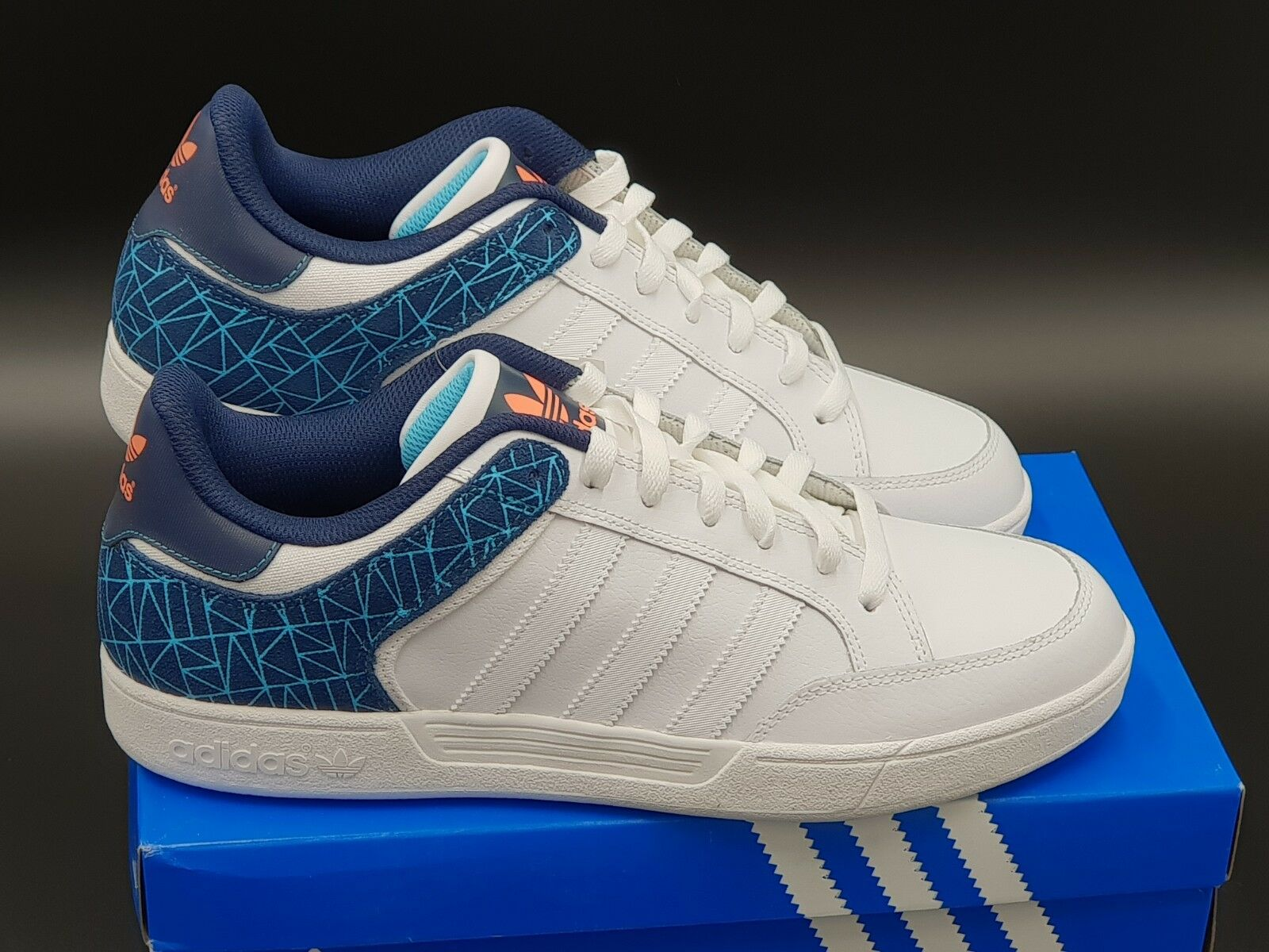 Adidas hommes Originals Varial Low Treiners Brand New