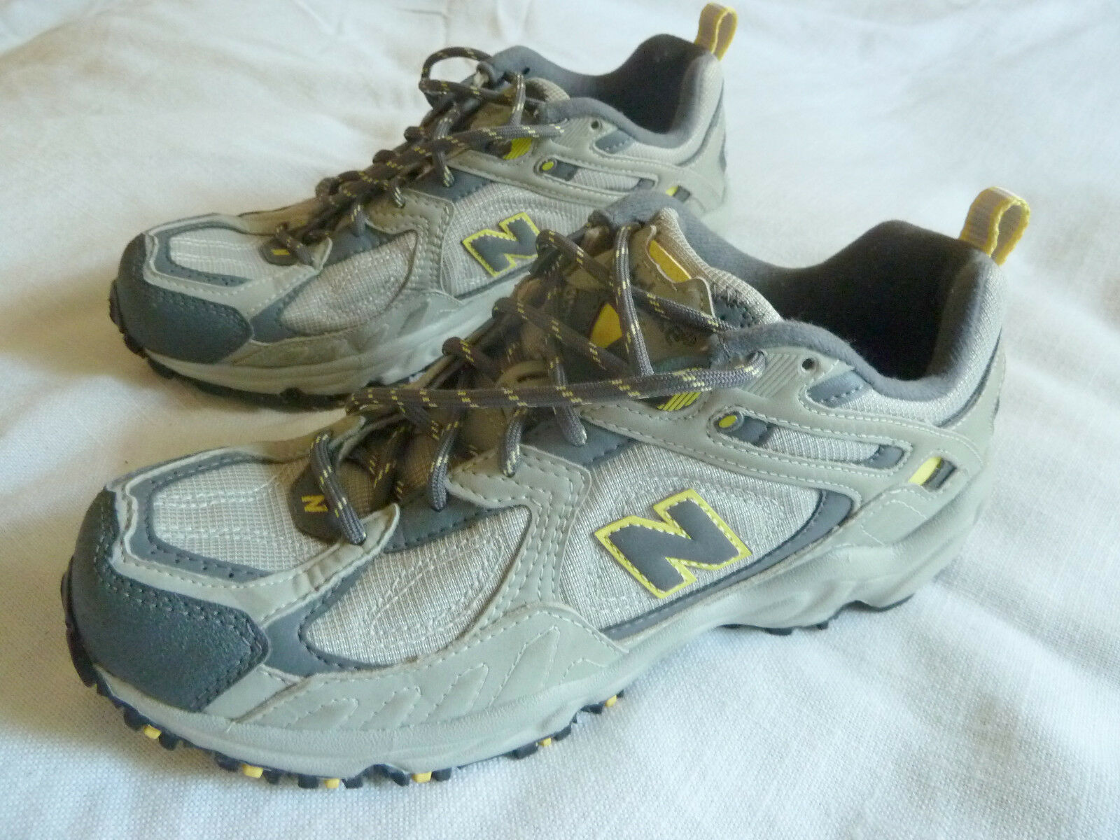 LN New Balance 471 Womens 8.5B TRAIL Running Grey/Yellow Sneakers Shoes USA