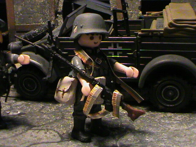 PLAYMOBIL CUSTOM  SUBOFICIAL WEHRMACHT  (FNORMANDIA-1944) REF-0594 BIS