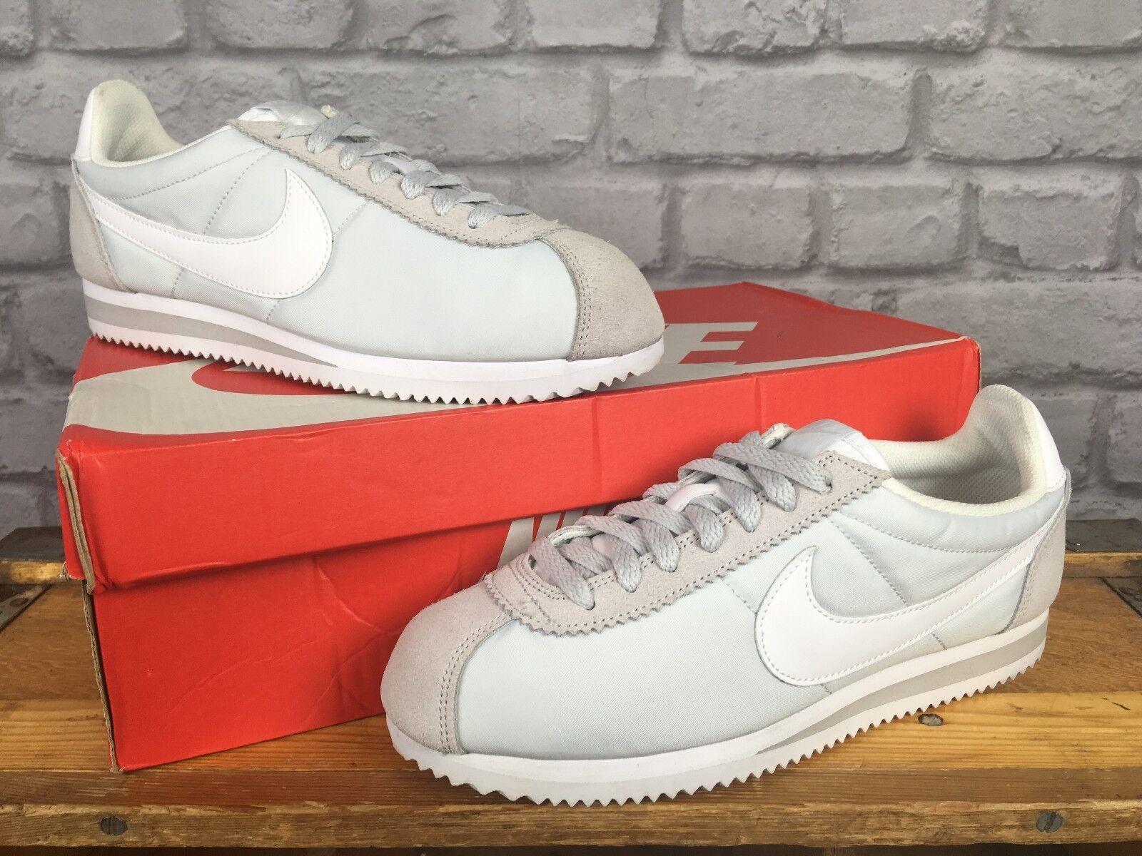 Nike EU 41 Donna Grigio Bianco Nylon Scarpe da ginnastica Classic Cortez Scarpe classiche da uomo