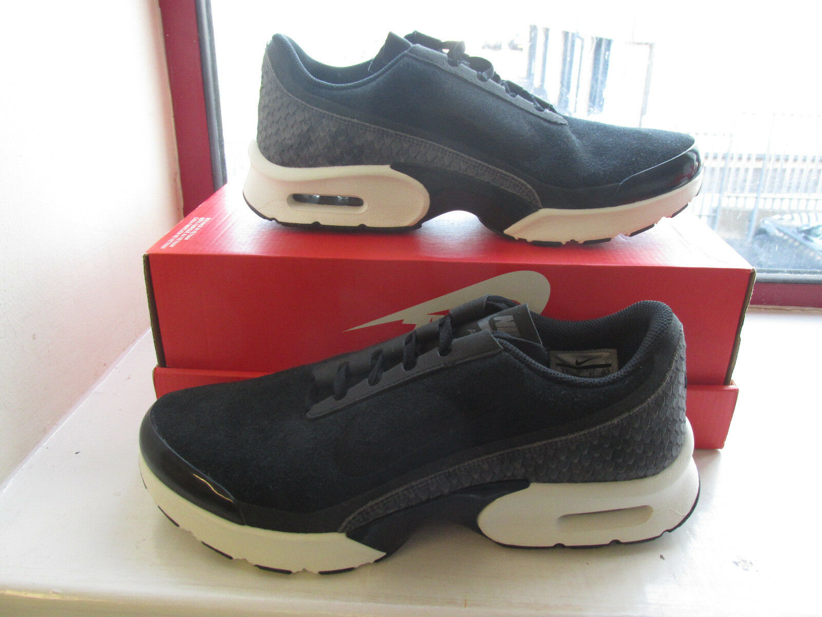 Nike Femme Air Max Jewell PRM TXT Running Baskets 917672 002 baskets clearance