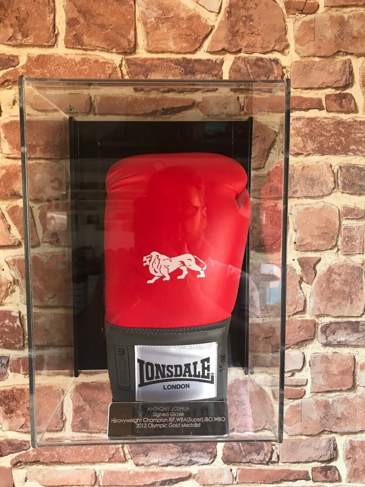 Single Boxing Wall glove Wall Boxing mounted Personalised perspex display 271ea1