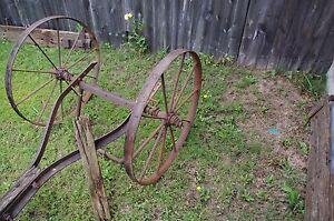 Details about Antique Metal Rustic Wagon Wheels with sprocket Axle Garden  Yard western art