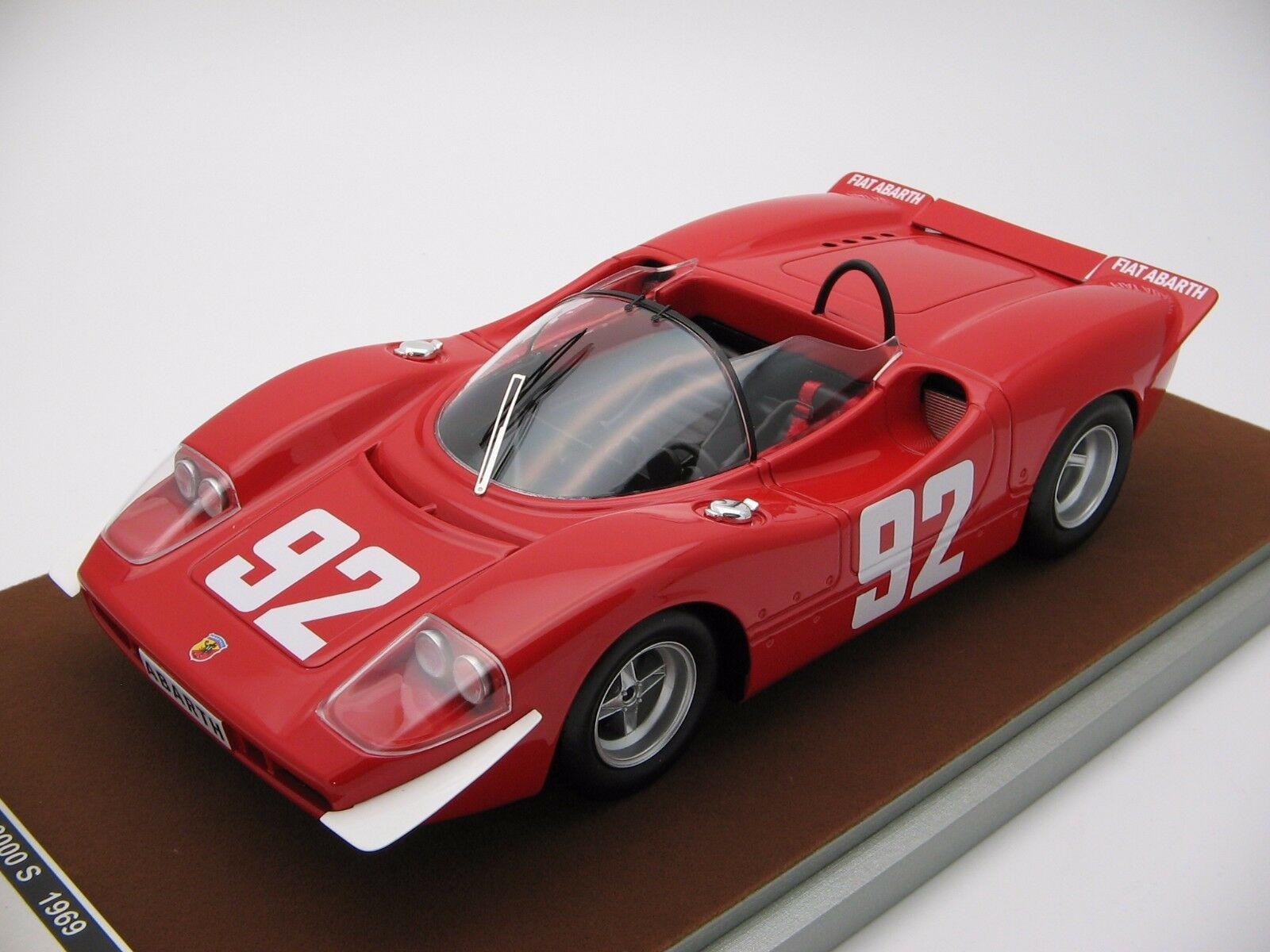 1 18 Scale Tecnomodel Abarth 2000S 1969 Mountain Europe Championship TM18-58D
