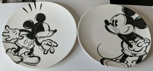 Disney Mickey Mouse Zak Designs 4 Plates Melamine White Black Sketch 2 designs