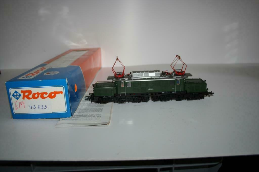 Roco Spur h0  43733 elektrolokomotive br 194 de la DB, VP