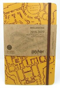 """MOLESKINE 2019-20 Weekly Planner  18 month 5/"""" X 8.25/"""" Soft Cover"""