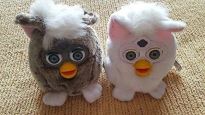 """1999 Furby Buddies, Set of 2 White """"Big Hug"""" and Gray """"Big Good"""""""