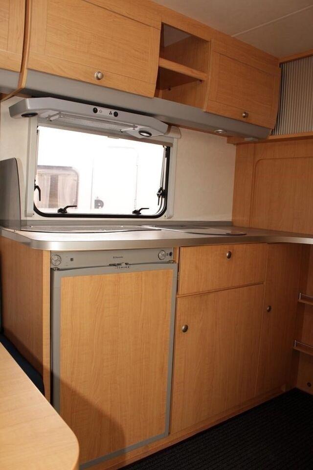 Kabe Knaus Azur 500 FU, 2004, kg egenvægt 1125