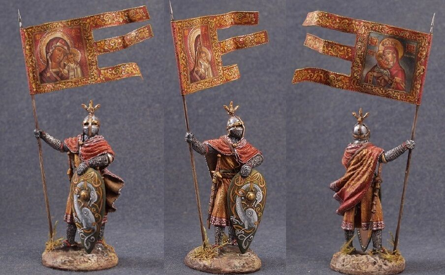 Tin toy soldiers ELITE painted 54 mm Medieval warrior with flag