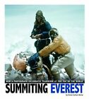 Summiting Everest: How a Photograph Celebrates Teamwork at the Top of the World by Emma Carlson Berne (Paperback, 2014)