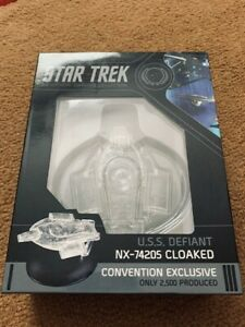2019-NYCC-Star-Trek-DS9-Cloaked-U-S-S-Defiant-Eaglemoss-Exclusive-NEW