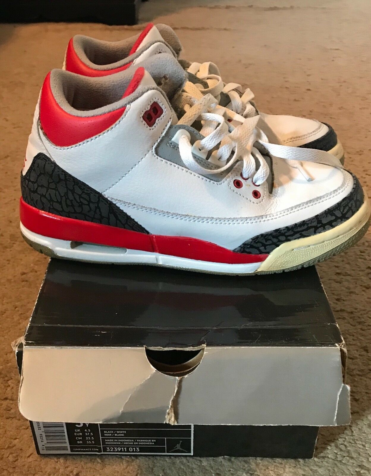 "RETRO JORDAN 3 ""Fire Red"" 2007. Size 5Y"