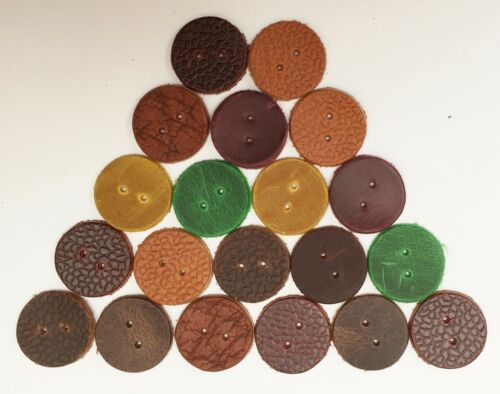 LEATHER DIE-CUT BUTTON ASSORTED COLOURS 25 MM ROUND 2 X 1 MM HOLES IN THE MIDDLE