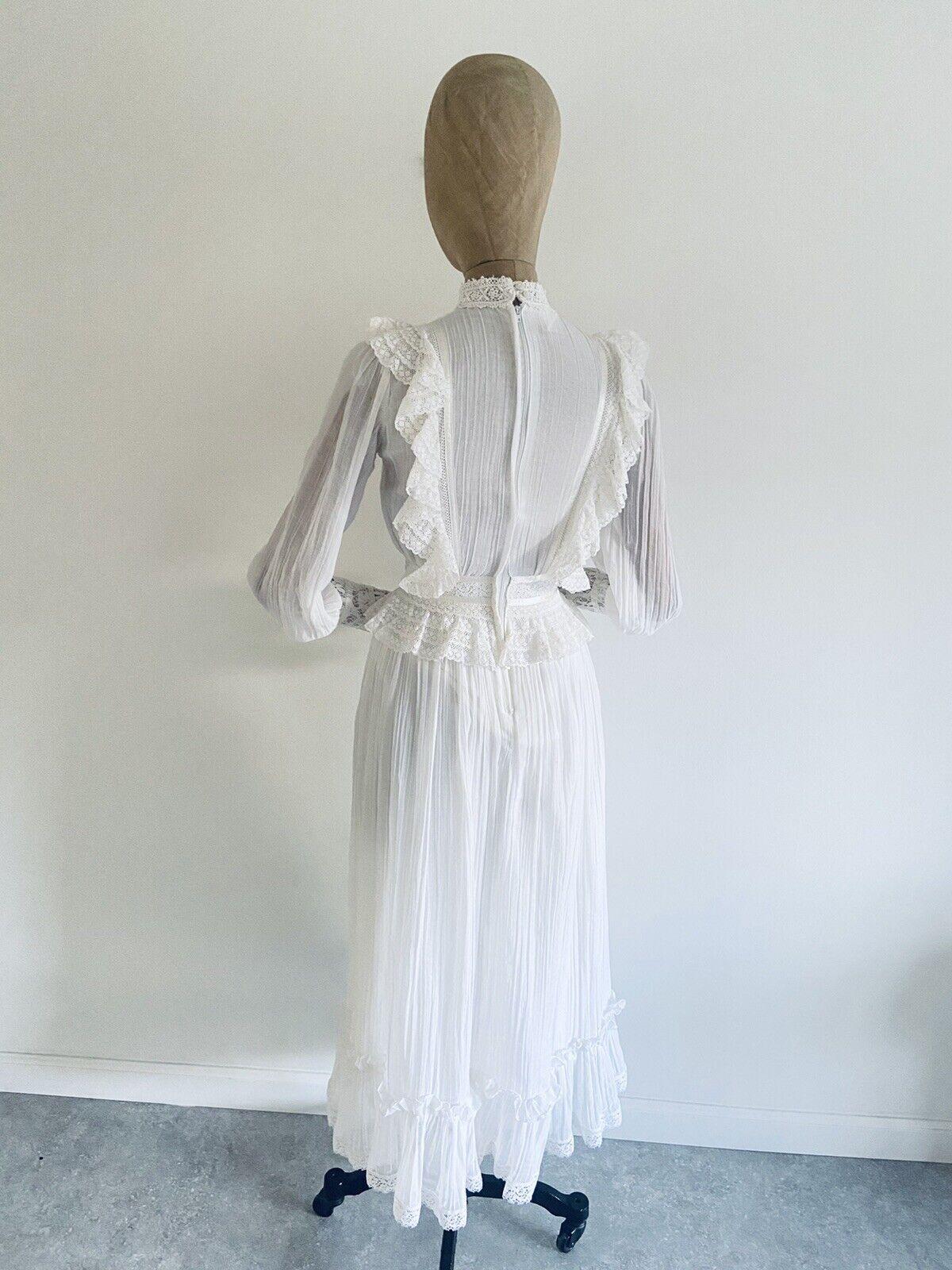 Vintage GUNNE SAX White Cotton Prairie Maxi Dress… - image 6