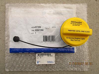 06-15 GMC YUKON SLE SLT HYBRID FUEL GAS TANK FILLER CAP WITH TETHER NEW
