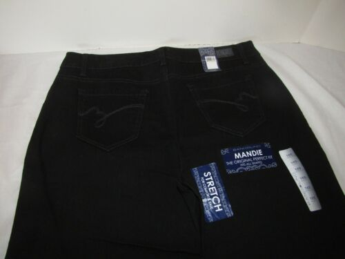 NWT Bandolino Womens Mandie Perfect Classic Fit size 6S 16S Saturated Black 8S