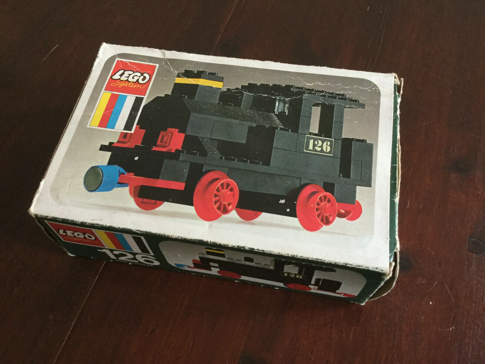 LEGO Set 126 - Steam Locomotive (Push) - Vintage