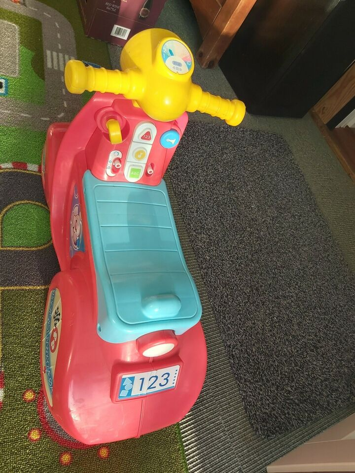 Scooter, fisher Price, løbevogn