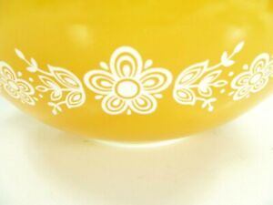 Pyrex-Butterfly-Gold-444-glass-Nesting-Bowl-vintage-4-quart-Vintage