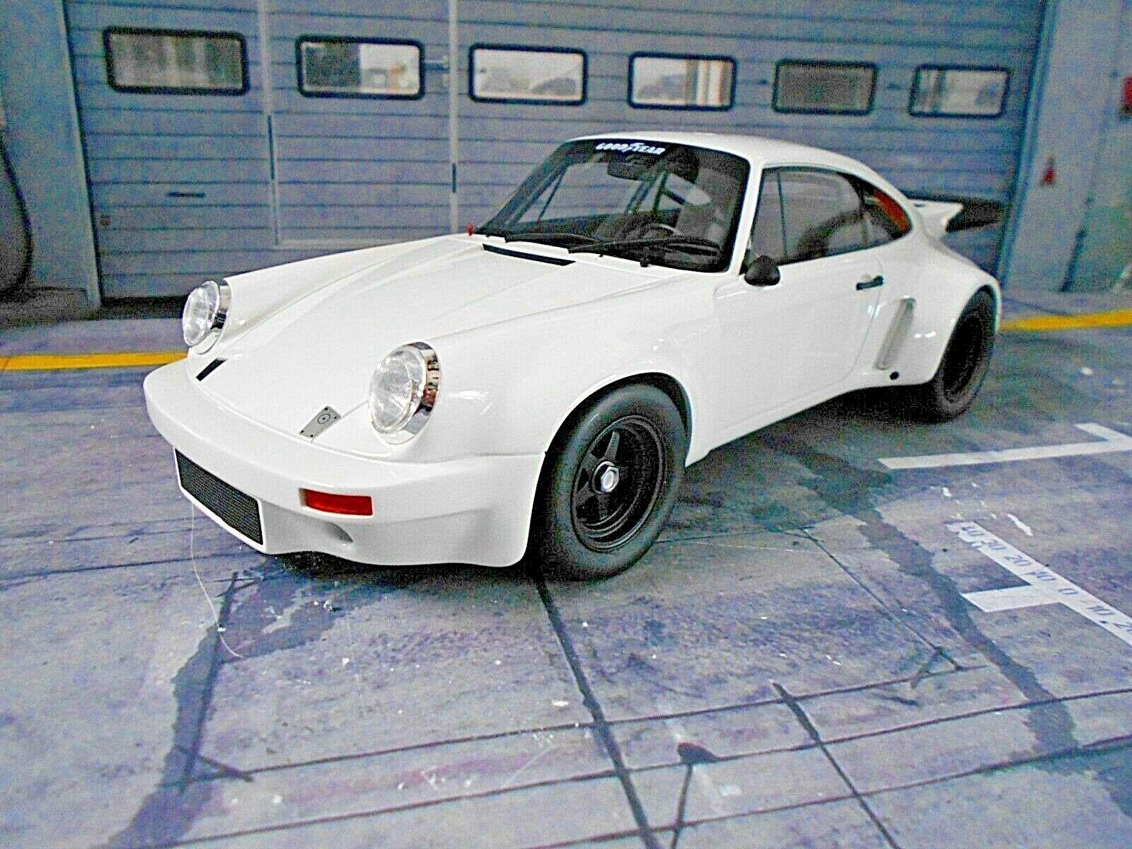 PORSCHE 911 Carrera 3.0 RS Coupe weiss 1974 ready race GT Spirit NEU NEW 1 18