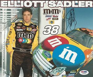 Elliott Sadler Signed 8x10 - PSA/DNA # Y09304