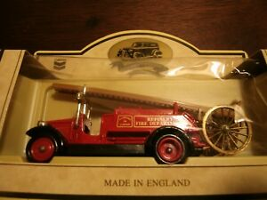 Chevron-1934-Dennis-Fire-Engine-034-Refinery-Fire-Truck-034-Die-Cast-Collectible-Truck